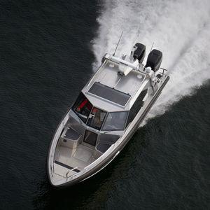lancha Cabin Cruiser com motor de popa / bimotor / com hard-top / com cockpit fechado