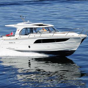 lancha Express Cruiser com motor de rabeta / bimotor / com casco planante / com hard-top