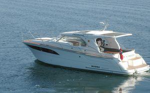 lancha Cabin Cruiser com motor de centro / com hard-top / tipo lobster / 2 cabines