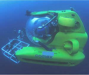 submarino para uso profissional