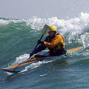 caiaque rígido / de surf / de 1 lugar