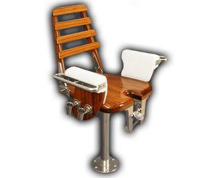 cadeira de comando em teca