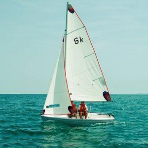 barco de vela ligeira para dois tripulantes / de lazer / spinnaker simétrico