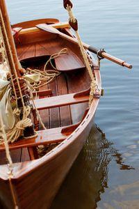 monocasco / tradicional / day-sailer / de popa aberta