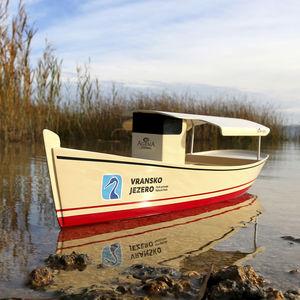 barco de passageiros elétrico a energia solar