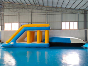 equipamento de diversão aquática almofada