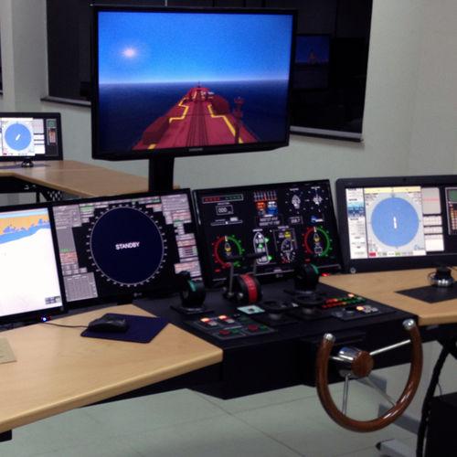 simulador de treinamento / de GMDSS / de ECDIS / de radar