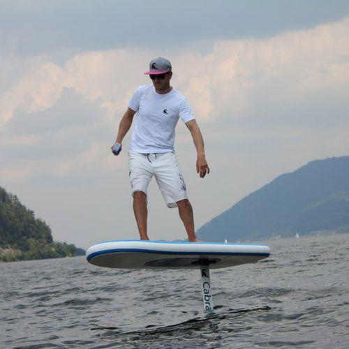 prancha de stand-up paddle com foil