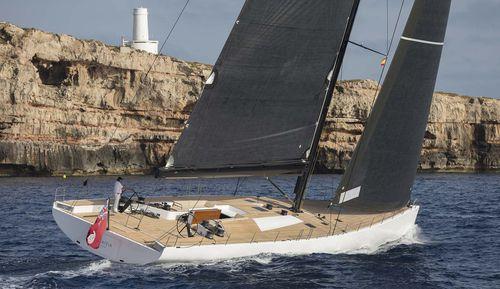 super iate à vela de luxo cruzeiro-regata / de popa aberta / em carbono / sloop