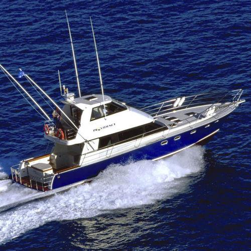 iate a motor de pesca esportiva