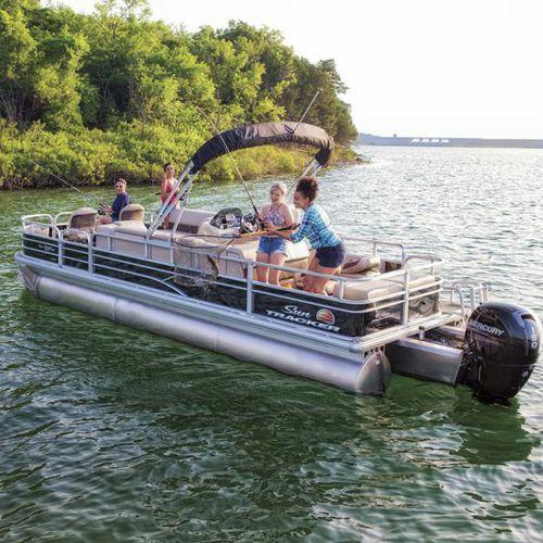 pontoon boat com motor de popa / tri-tube / de pesca esportiva / máx. 12 pessoas