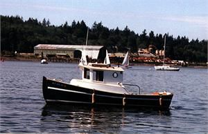 barco de pesca-passeio com motor de centro / com casa do leme