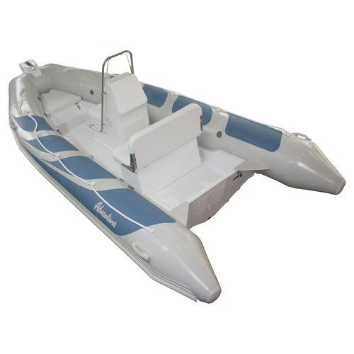 barco inflável com motor de popa / semirrígido / com console lateral / máx. 6 pessoas