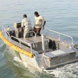 barco auxiliar de pesca