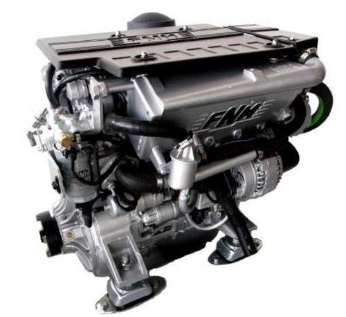 motor de centro / para embarcação de recreio / a diesel / de injeção direta