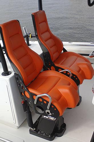 assento de piloto / para barco / com encosto alto / de suspensão