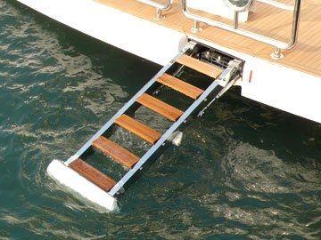 escada para iate / retrátil / de embarque / hidráulica