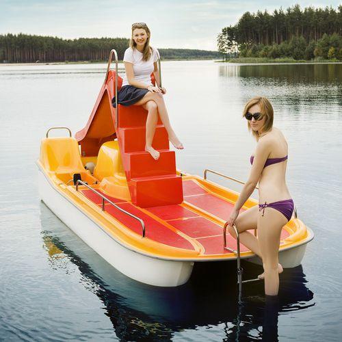 barco a pedais de 2 lugares / com escorregador