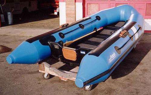 barco inflável com motor de popa / dobrável / máx. 10 pessoas / piso inflável