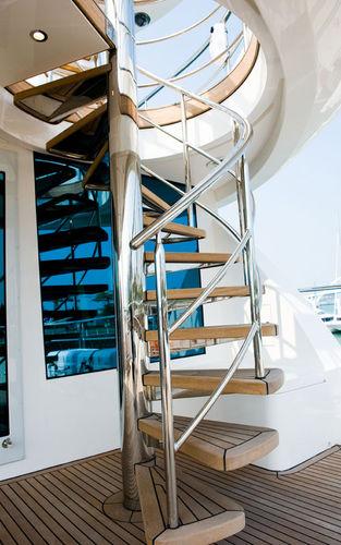 escada para iate
