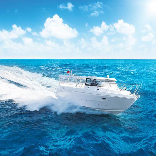 barco auxiliar para mergulho / com motor de centro