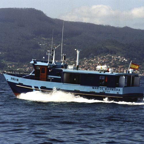 barco para aquicultura