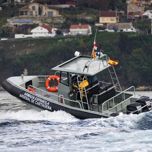 barco profissional barco-patrulha