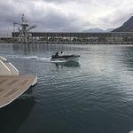 bote com motor de popa / elétrico / com console lateral / bote auxiliar para iate