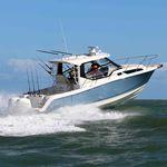 lancha Express Cruiser com motor de popa / bimotor / com hard-top / de mergulho
