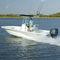 bay boat com motor de popa / com console central / de pesca esportiva / máx. 8 pessoas