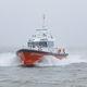 barco para transporte de pilotos / com motor de centro / em alumínio / com autoendireitamento