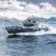 barco inflável com motor de popa / com motor de centro / bimotor / trimotor
